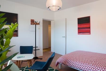 Central park apartment + free bikes & parking - Ljubljana - Lägenhet