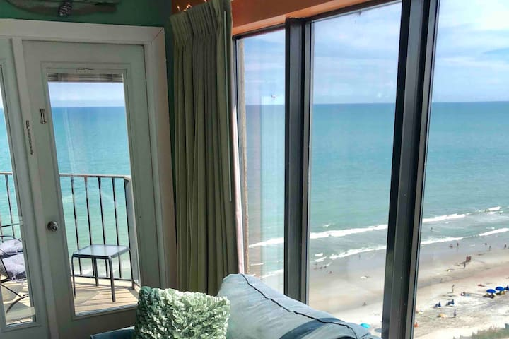 Amazing Rates Along With Amazing Oceanfront Views!