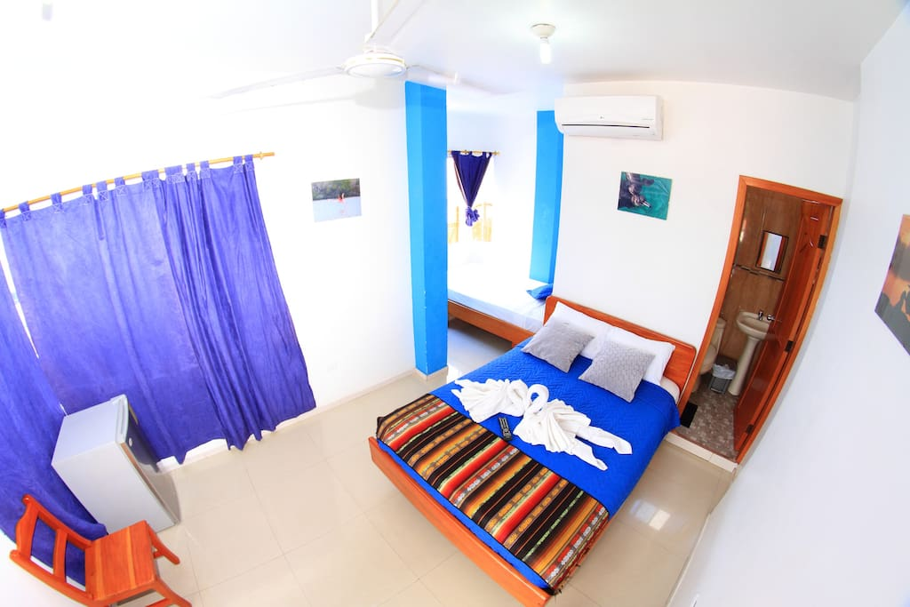 puerto ayora singles Book the perfect vacation rental - find the top 32 puerto ayora vacation rentals with 359 reviews on tripadvisor finding your ideal puerto ayora house, apartment or vacation rental will be easy.