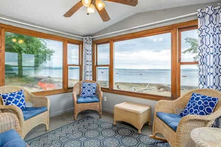 Family-friendly house on Lake Champlain w/ beach, views & WiFi