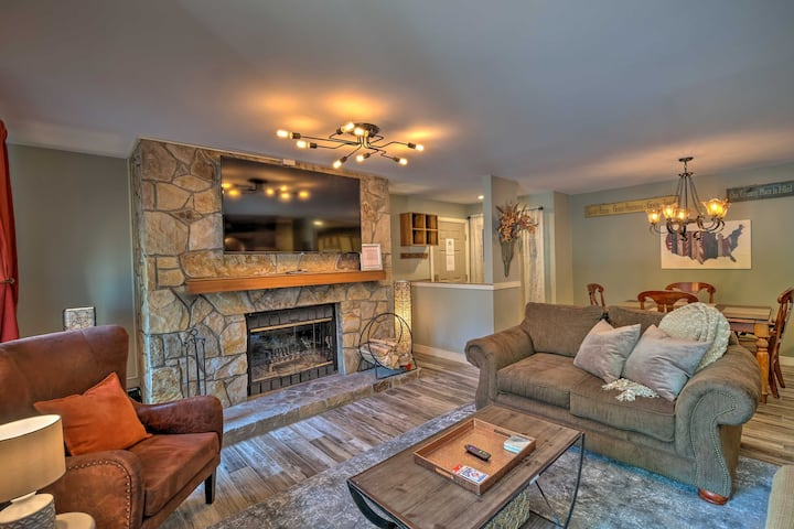 Ski-In/Ski-Out West Dover Condo w/ Deck!