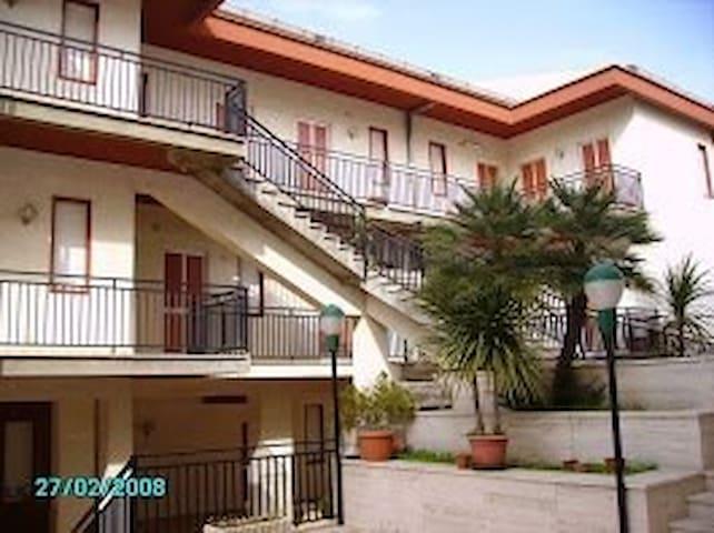 Visita la sicilia con comodità ! - Canicattì - Bed & Breakfast