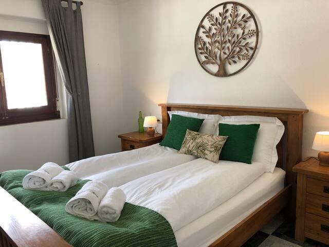 Casa Olivar: Double room with en-suite