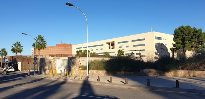 Habitación zona La Paloma. Cerca de La Arrixaca.