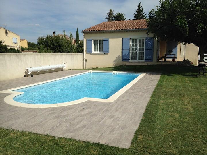 Villa, entre Avignon & St-Rémy-de Provence