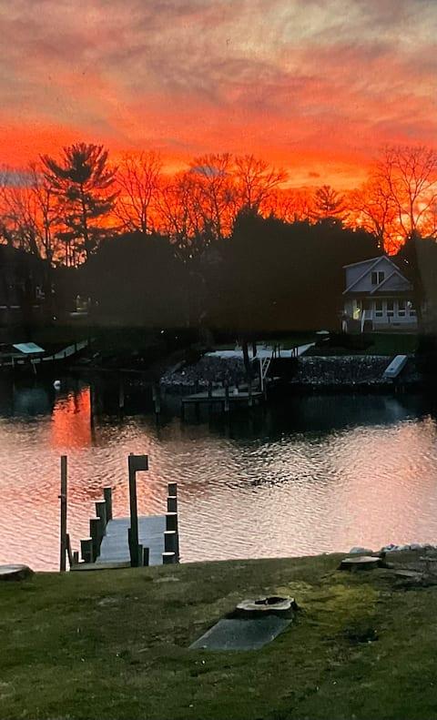 Sunset Haven on Sue Creek