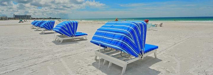 Siesta Key Enjoy your own beach & tennis paradise