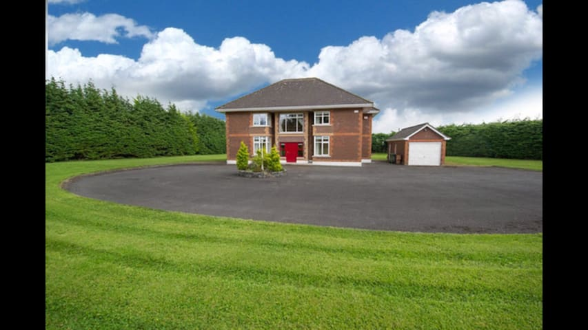 Luxurious Country Living 7 - Ashbourne