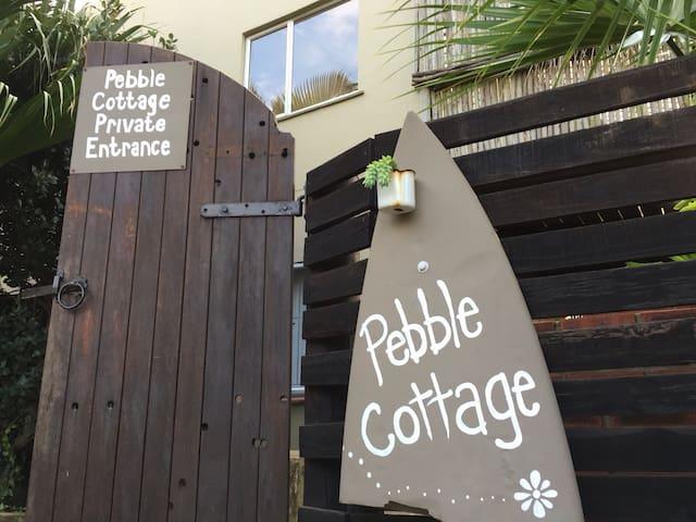 Pebble Cottage. 1 min walk to beach - Bluff - Huoneisto