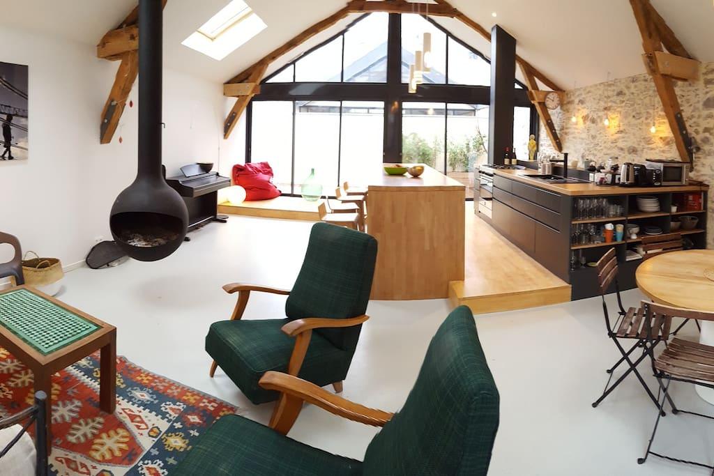 loft sur l 39 erdre lofts for rent in nantes pays de la. Black Bedroom Furniture Sets. Home Design Ideas