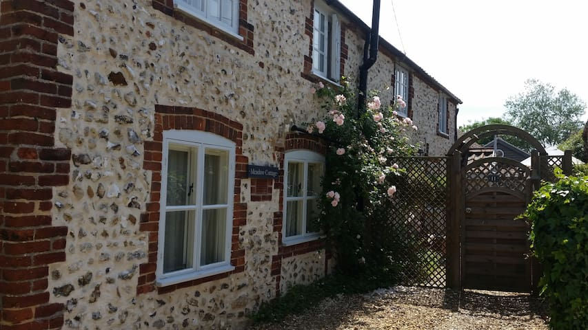 Meadow Cottage Norfolk UK