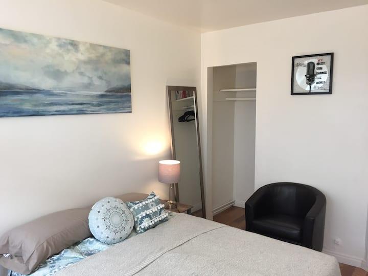 Basic and Comfortable Lawndale Studio