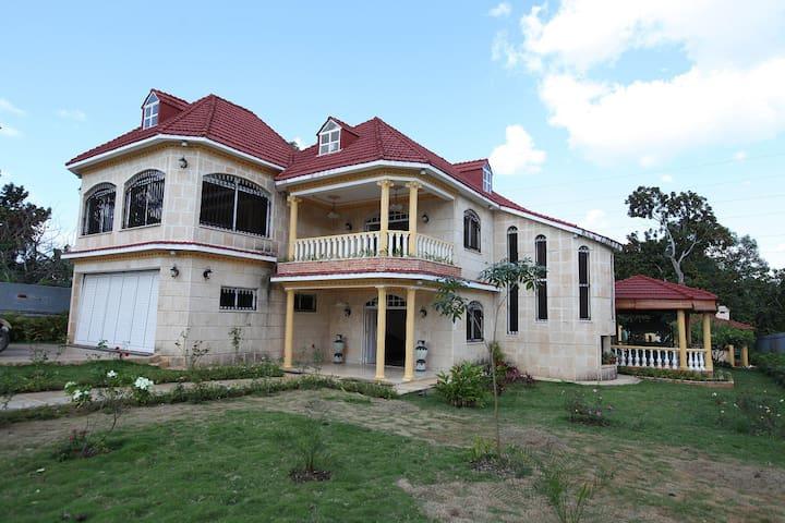 Maison Yetisma - Lujosa Casa Residencial