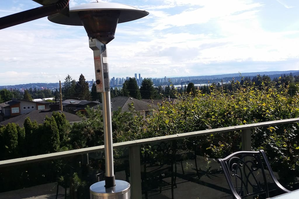 Patio View To Vancouver & Gas Heater to Stay Warm & Cozy on Cooler Evenings as You Drink a Nice Glass of Wine or Enjoy a BBQ Dinner!