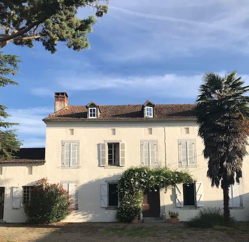 Big house near Maubourguet/Marciac with pool