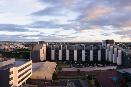 Trendy 10th floor studio apartment - Glasgow - Apartamento