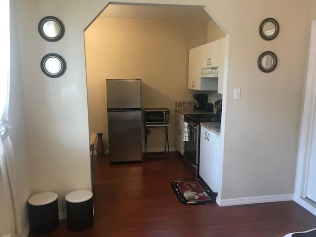 Homely & Cozy Studio