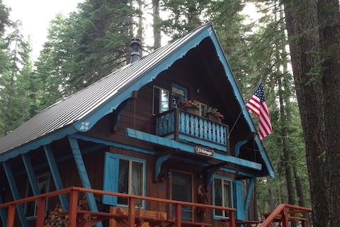Vintage West Shore Cabin