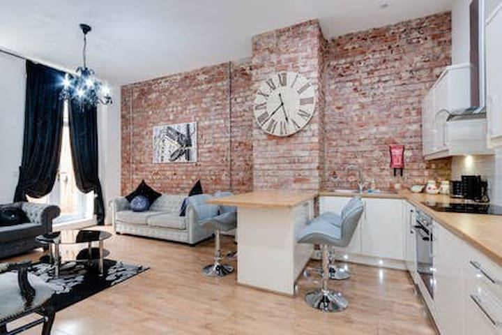 Duke Street Liverpool Deluxe  Apartment