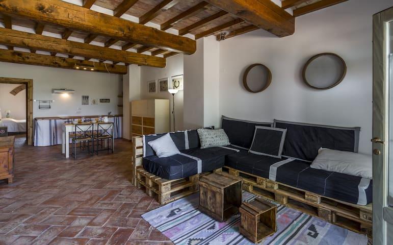 Casa vacanze le Fornaci App.  Tito - Laterina - Appartement