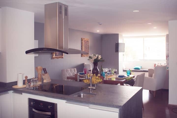 Luxury apartment in a nice neighborhood 504