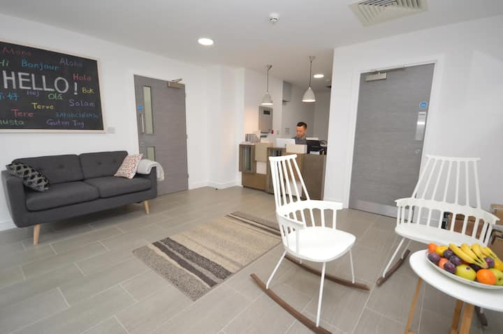 Student Only Property: Delightful One bed flat