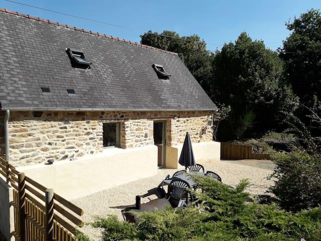 Charmante petite maison non occupée depuis +de 15j