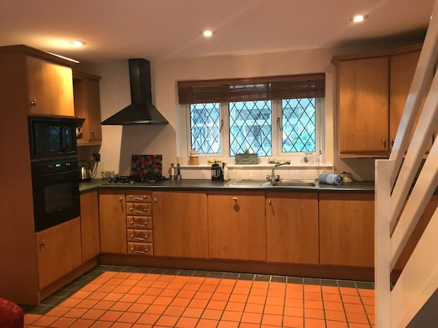 Fully fitted kitchen. All appliances new including washing machine, microwave, dishwasher, fridge and freezer.