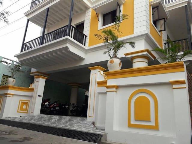 Apartement- DJ Villa-Two BedroomA/C-1st floor back