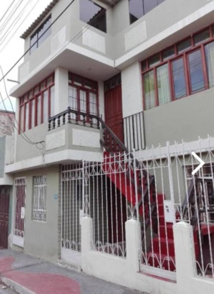 Departamento Amoblado ManuAlé