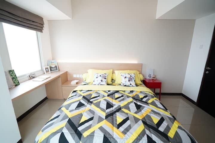 2 BEDROOMS / APT LA GRANDE WITH VIEW / UPGRADED!