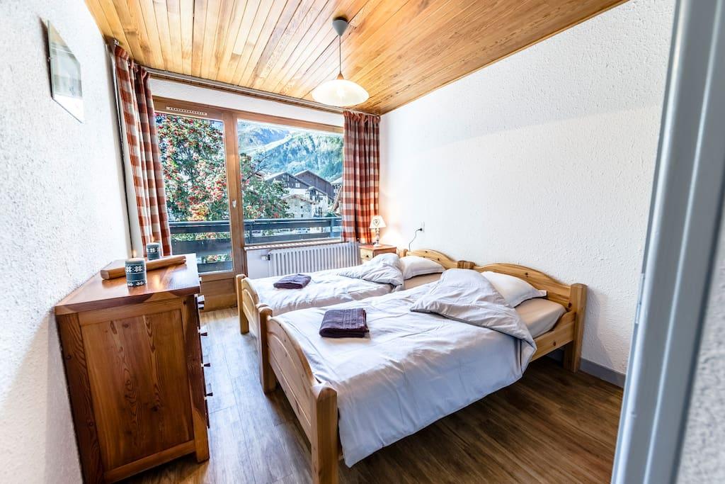 Chambre 1 avec deux lits simples de90*190
