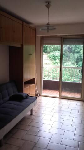 studio comme a la campagne - Menton - Apto. en complejo residencial