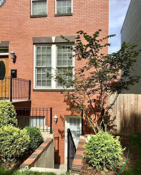 Beautiful 1 Bed Apt. in N. Cap Hill, w/Priv Entry