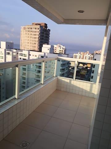 Apartamento completo com vista para o mar