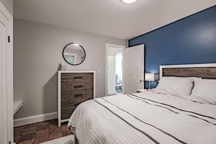 Bedroom with a queen bed.