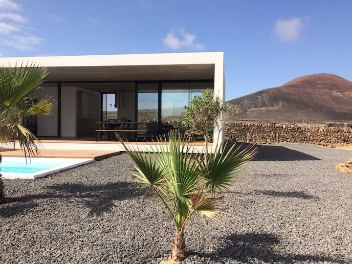 Minimalist house with volcano view & heated pool