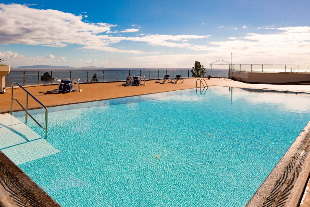 The gorgeous pool overlooking the ocean.