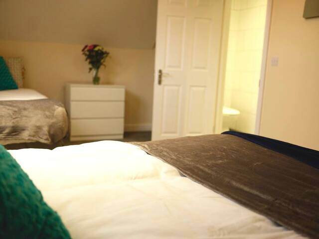 Short term lets from £15 per person per night