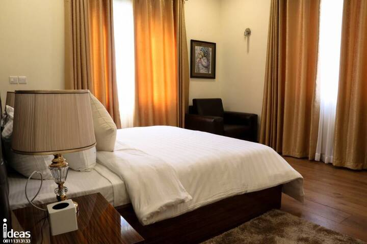 1313 single room apartment *1 bed*Hotel facilities