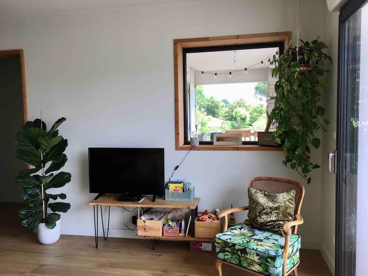 Appartement chaleureux et lumineux avec terrasse