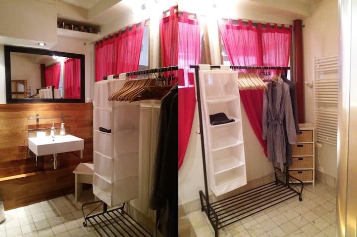 Storage space for long stays  -  Rangements pour les longs séjours
