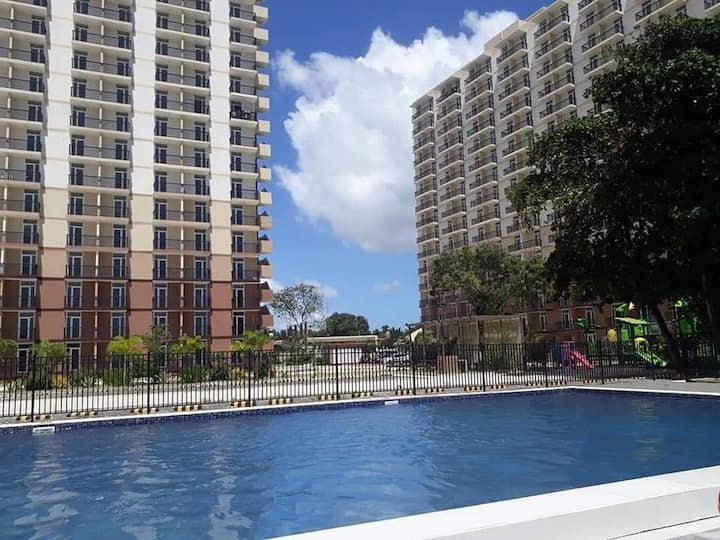 for rent studio condo with balcony semi furnished