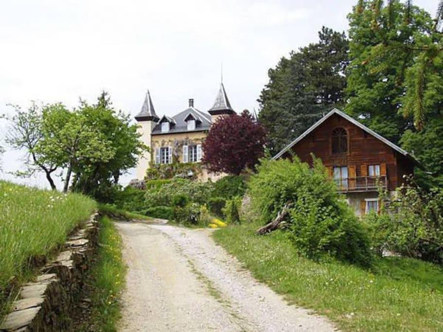 Le château et la maison du gardien