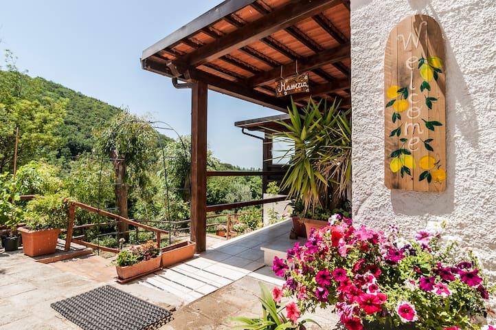Rural Guesthouse Monte Ofelio (camera romantica) - Sessa Aurunca
