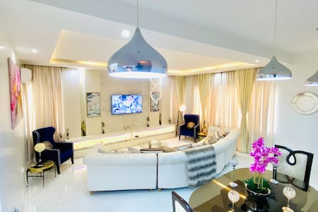 Keji's 5 Star Short let Apartment in Lekki