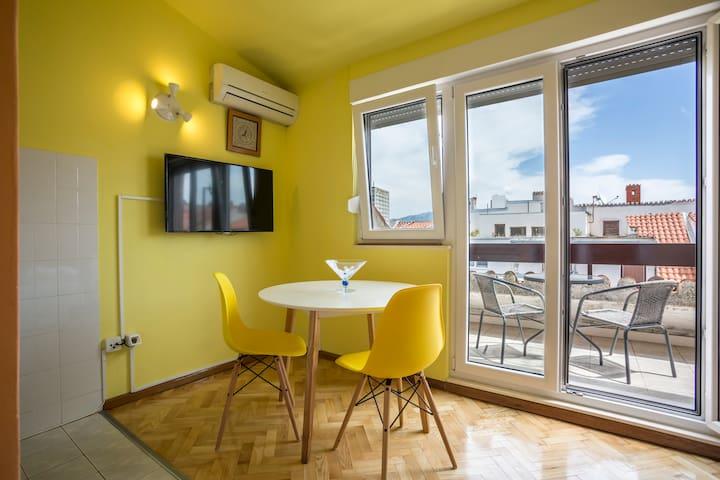 Cosy Attic Apartment - Split - Appartement