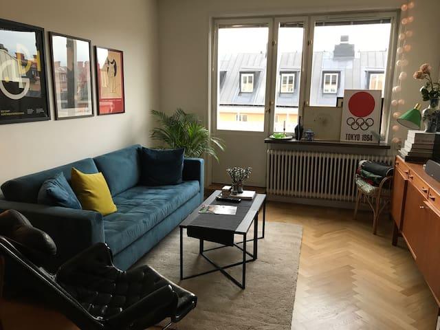 Beautiful flat near Stureplan, 2 sunny balconies
