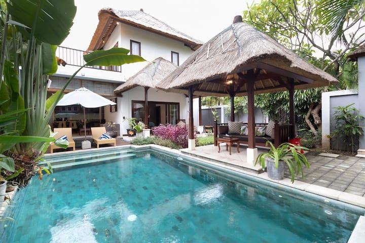 PROMO WEEKLY STAY! 2BR Villa Mawar, Seminyak!