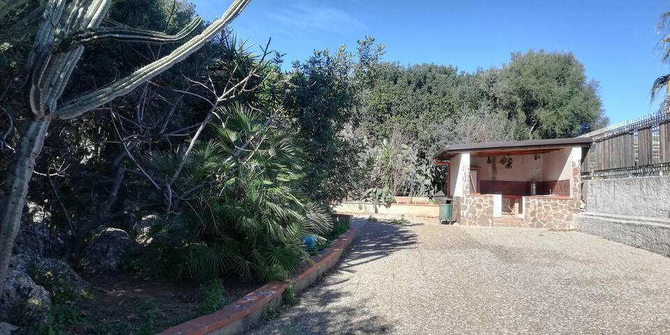 Casa Genzi comfort natura e privacy in città